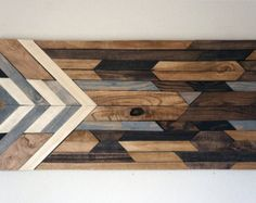 Wood Wall Art by RusticWarmthDecor on Etsy Reclaimed Wood Wall Art, Wooden Wall Art, Barn Wood, Salvaged Wood, Arte Pallet, Pallet Art, Pallet Beds, Art Rustique, Wood Projects