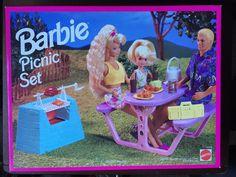 Barbie Picnic Set 1993 Mattel Playset New In Sealed Box Complete Barbie 90s, Barbie World, Barbie And Ken, Barbie Stuff, Barbie Dream, Barbie House, Vintage Barbie, Vintage Toys, Doll House Play