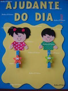 Mais um painel que fiz para Marta Salgueiro. Esse painel é de Ajudante do dia (com pregador decorado).        Orçamento: produtoseva@yahoo.c...