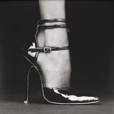 Shoe (Melody) photo by Robert Mapplethorpe, 1987 -- More interested in the photo than the shoe