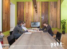 #parkett #ausstellung #wien #schauraum #echtholz #landhausdiele Conference Room, Table, Furniture, Home Decor, Exhibitions, Timber Wood, Decoration Home, Room Decor, Tables