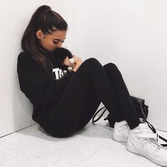Madison Beer with her puppy