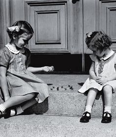 Sitting on the stoop with your best friend. Remember wearing dresses to go out and play. Those were the good old days before electronic life took over. Those Were The Days, The Good Old Days, Nostalgia, Great Memories, Childhood Memories, Childhood Games, Photo Vintage, Baby Boomer, Jolie Photo