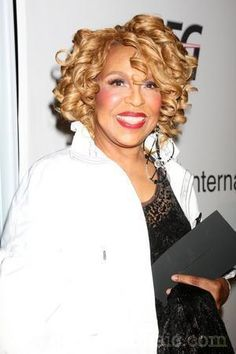 Lesson in Beauty....This what 76 Looks Like....Ms Roberta Flack