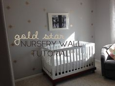 gold star nursery wall / tutorial / herthreadedneedle