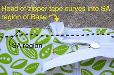 ikat bag: Zip A Bag Chapter Zippered Wallet - to -Tote Fab Bag, Reusable Shopping Bags, Wallet Pattern, Bag Patterns To Sew, Lining Fabric, Zipper Bags, Sewing Techniques, Diy Tutorial, Sewing Projects
