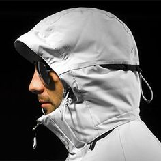 Hood Adjuster Clothing Sketches, Fashion Details, Fashion Design, Outdoor Apparel, Outdoor Wear, Sport Wear, Athletic Wear, Sport Outfits, Parka