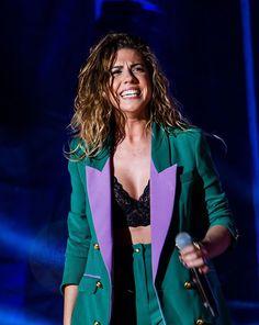 Blazer, Celebrities, Jackets, Women, Style, Ideas, Fashion, Musica, Concert