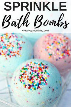DIY Lush Inspired Bath Bomb Recipe (Smells Like Bubblegum!) - How to make DIY bath bombs. This Lush inspired bath bomb recipe is perfect for kids, teens and twee - Wine Bottle Crafts, Mason Jar Crafts, Mason Jar Diy, Bottle Art, Diy Hanging Shelves, Floating Shelves Diy, Bath Bomb Ingredients, Bombe Recipe, Bath Bomb Recipes