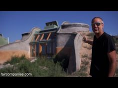 Earthships: self-sustaining homes for a post-apocalyptic US? - YouTube