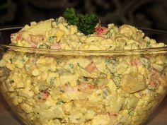 Extra sałatka z kurczakiem i kukurydzą - Przepisy kulinarne - Sałatki Polish Recipes, Polish Food, Beauty Recipe, Coleslaw, Tortellini, Guacamole, Potato Salad, Food And Drink, Cooking Recipes