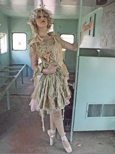 Marie Antoinette Standard Boudoir Doll with Lashes AO