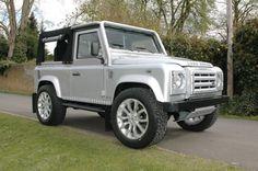 Land Rover : Defender 90 BESPOKE N.A.S. SPEC