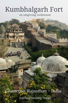 Visit the imposing Kumbhalgarh fort in the Aravalli Mountains! That same day I visited one of the biggest and important Jain Temples of India! A great daytrip from Ghanerao! Rajasthan India, Jain Temple, Ancient Greek Architecture, Excursion, Incredible India, Udaipur, Vietnam Travel, India Travel, Day Trips