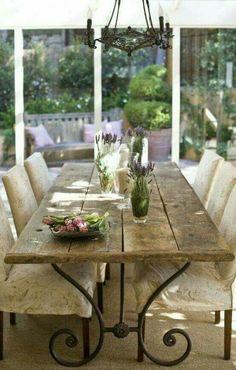 Bellissimo questo tavolo....