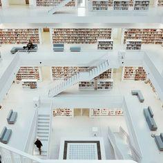 Yi Architects, Stuttgart City Library, 2011 photo