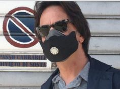 U-mask waterproof  black,  the best anti pollution mask in the world. Check the other 20 designs on www.u-maskstore.com.