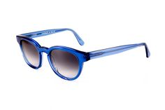 Love Wonders (ultramarine blue) #occhiali #sunglasses #eyewear #occhialidavista #glasses #shades #occhialidasole #vakkereyewear www.vakkereyewear.com