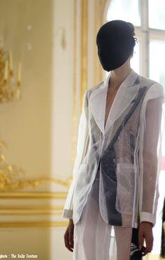 The Daily Couture - Master Craftsmen of Luxury & Paris Custom Tours | Défilé Haute Récup