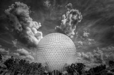 """Breathtaking Architecture by Dave Wilson  Spaceship """"Earth», EPCOT – a theme park """"recreation center of the World of Walt Disney."""""""