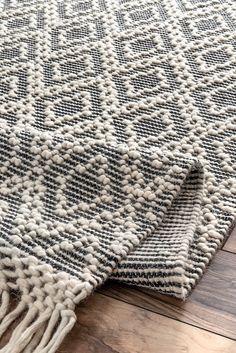 Sovereign Textured Trellis With Tassels Rug