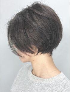 ジェンダーレスくびれボブ_ba98782 Pixie Bob Hairstyles, Tomboy Hairstyles, Short Haircut Styles, Short Bob Haircuts, Short Hair With Layers, Short Hair Cuts, Pixie Cut Color, Shot Hair Styles, 50 Hair