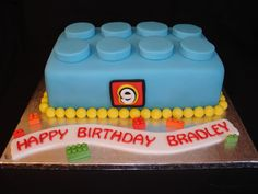 (Jan 2013) Little lego block made from Fondant. Hope you like it!! xMCx