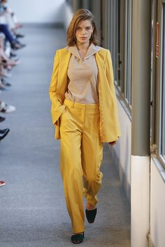 Ángel Schlesser: Daniel Rabaneda debuta como director creativo de la firma. #fashionweek #mbfw #fashion #moda #desfile