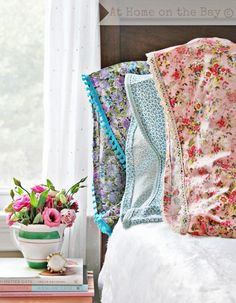 DIY-Shabby Vintage Pillowcase Tutorial & 10 Fun DIY Pillowcase Projects | Lace trim Pillow cases and Pillows pillowsntoast.com