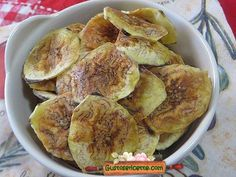 Chips di platano al microonde - Gustose ricette di cucina