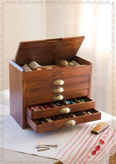 DMC Wooden Collector's Box Pre-Filled with 465 DMC Cottons