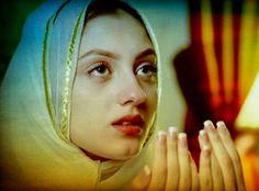 I Used to believe that prayer changes things, but now I know that prayer changes us and we change things! #NehaRajpoot #Zubariya ##PakistaniActresses #PakistaniDramas ✨