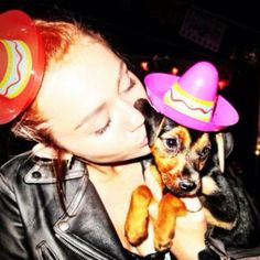 Miley Cyrus, I want your dog!