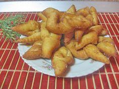 Facebook Recipe, Romanian Food, Romanian Recipes, Good Food, Yummy Food, Kefir, Donuts, Foodies, Deserts