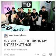 FALL OUT BOY IS MY FAV BAND. DAN AND PHIL R MY FAV YOUTUBERS. This pic gives me life.