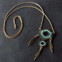 Sautoir inspiration attrape-rêve (longueur 70 cm). #miyuki #miyukidelica #perles…
