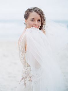 bride-at-the-sea-bea