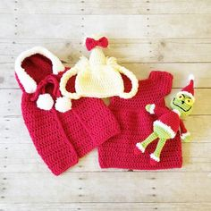 e1cf85379a7 Crochet Cindy Lou Who Dress Cape Grinch Dr. Seuss Set Hat Beanie Doll Toy Infant  Newborn Baby Toddler Handmade Photography Photo Prop Baby Shower Gift ...