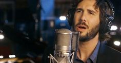 Josh Groban Sings Jaw-Dropping Rendition Of 'Over The Rainbow' - Music Videos