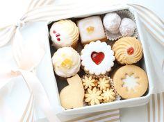 Christmas Cookies Gift, Christmas Desserts, Christmas Baking, Bakery Packaging, Cookie Packaging, Cookie Box, Cookie Gifts, Bakery Recipes, Cookie Recipes
