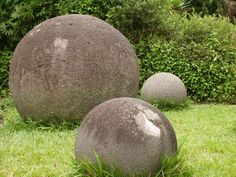 Around 300 mysterious ancient stone spheres or petrospheres are scattered throughout Costa Rica. Some are over 2 meters in diameter and weigh up to 16 tons. They were made into near perfect shapes. Estimated age: 500-2200 years. Almost all of them are made of granodiorite.