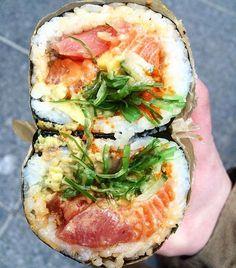 sushirritos from Pokeworks, NYC Sushi Recipes, Asian Recipes, Healthy Recipes, Sandwich Bar, I Love Food, Good Food, Yummy Food, Poke Salad, Sushi Burrito
