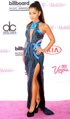 Billboard Music Awards 2016: All the Best and the Boldest Looks from the Red Carpet | People - Ariana Grande in a black-and-blue Atelier Versace dress