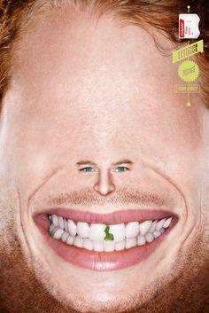 Zahnseide hält schön   Colgate