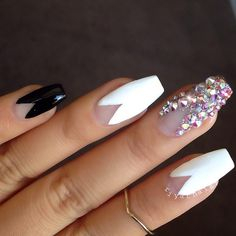 Monochrome coffin nails with swarovski middle standout finger...x