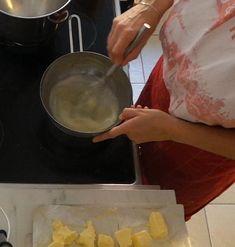 Tökéletes vajkrém recept virágok készítéséhez – A tortadíszítés alapjai Griddle Pan, Grill Pan