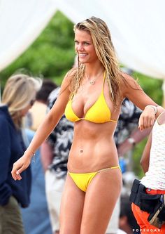 Pin for Later: 65 Sexy Stars in Bikinis! Brooklyn Decker