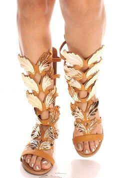 ff9f8992e37f These pair of winged gladiator sandals feature a faux nubuck leather  material