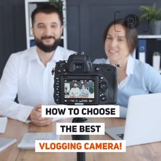 How to Choose the Best Vlogging Camera We share the 9 essential features of a GOOD budget vlogging camera. Read this guide to help you find the best camera for your vlogging needs. Best Camera For Blogging, Best Vlogging Camera, Best Camera For Photography, Gopro Photography, Wedding Photography, Landscape Photography, Portrait Photography, Travel Photography, Camera Hacks
