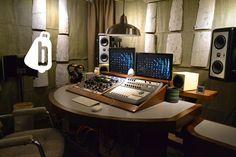 Creative music mastering studio space. www.bellwethermastering.com